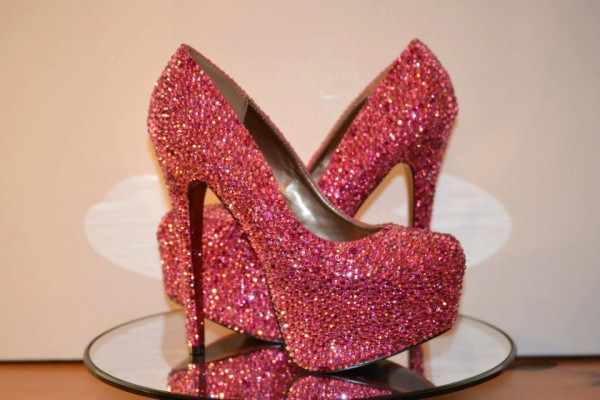Pembe Parlak Topuklu Ayakkabı